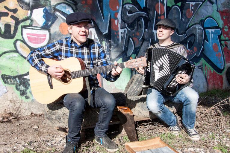 Baggårdsmusikanterne Sonni og Anders
